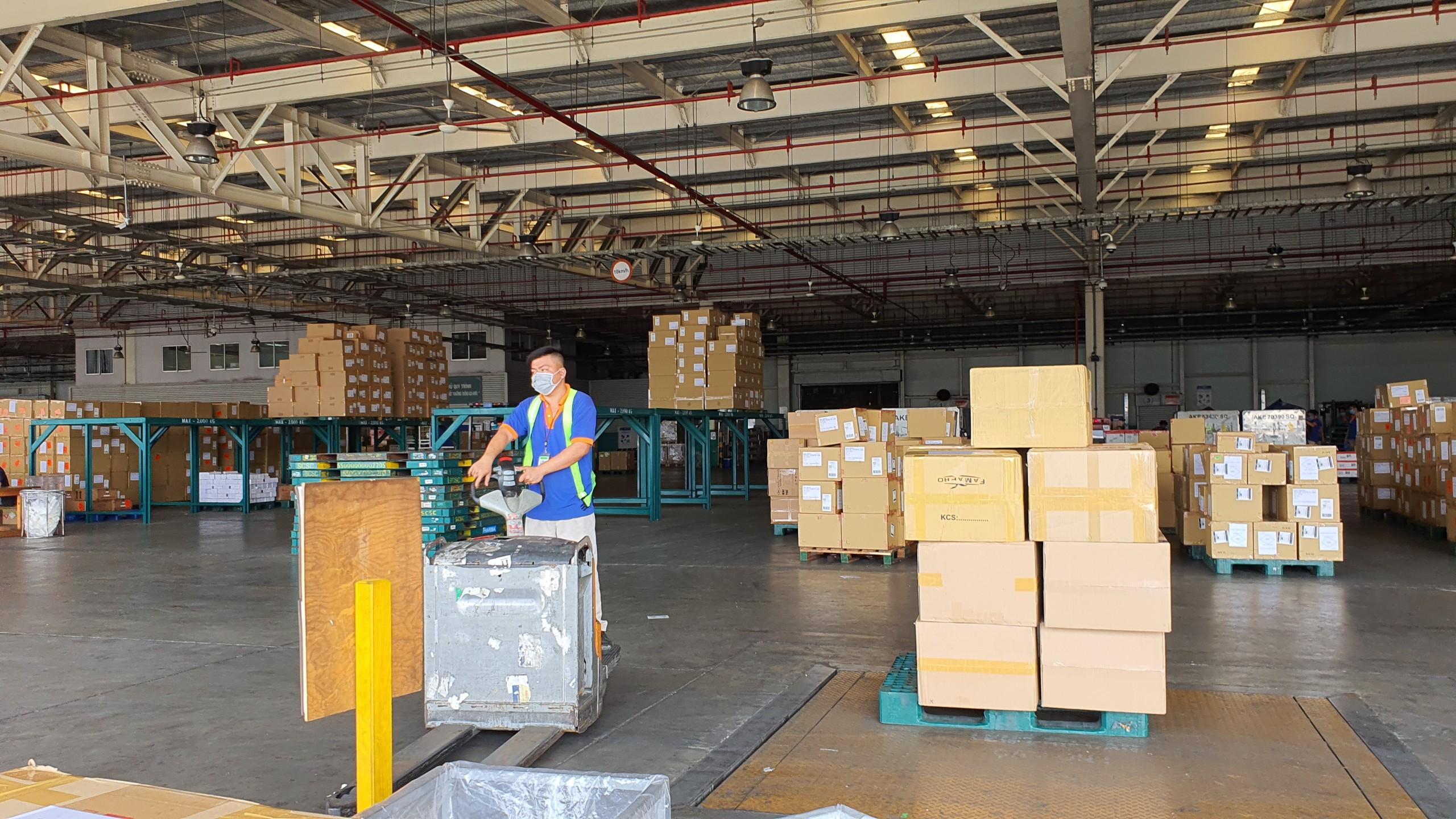 Dịch vụ khai báo hải quan hàng cargo tại TCS